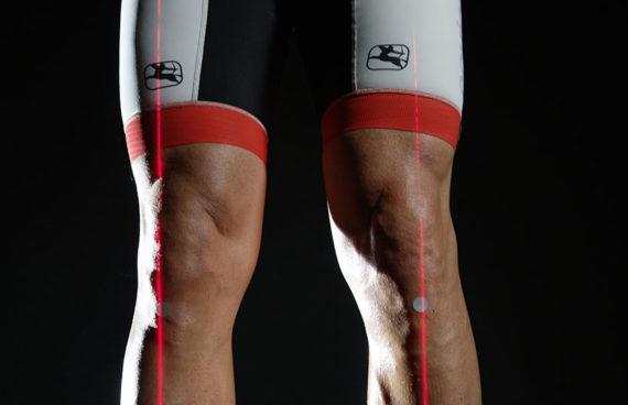 puntatori laser, a riferimento degli assi pedale, il tecnico può modificare e correggere i disallineamenti funzionali e/o strutturali dell'appoggio.