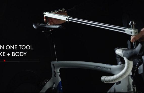 regolazione professionale dei punti di appoggio della bicicletta